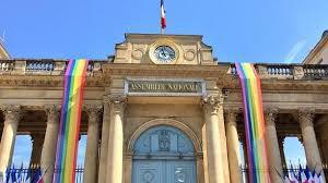 L'Assemblée nationale nous en fait voir de toutes les couleurs
